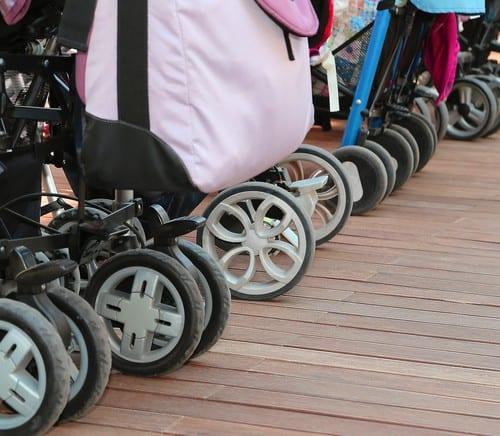 A Dangerous Summer Stroller Move Most Moms Make