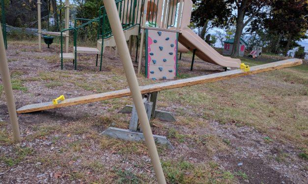 Playground Etiquette for Parents